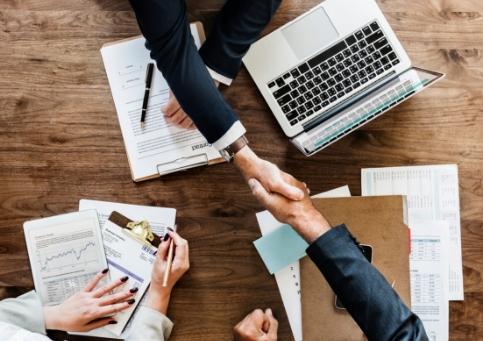 Private Banker e agente immobiliare: un trampolino di lancio per un reciproco business